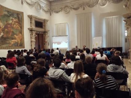 """Presentazione """"LA VOCE DEL COLORE"""" a Palazzo Leoni Montanari - Vicenza con Donata Ariot e M.R..Garatti (22/05/2014)"""